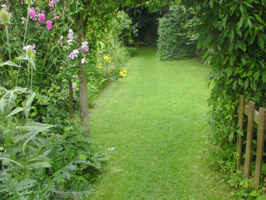 Tuinclub velt jabbeke - Weergaven tuin lange ...